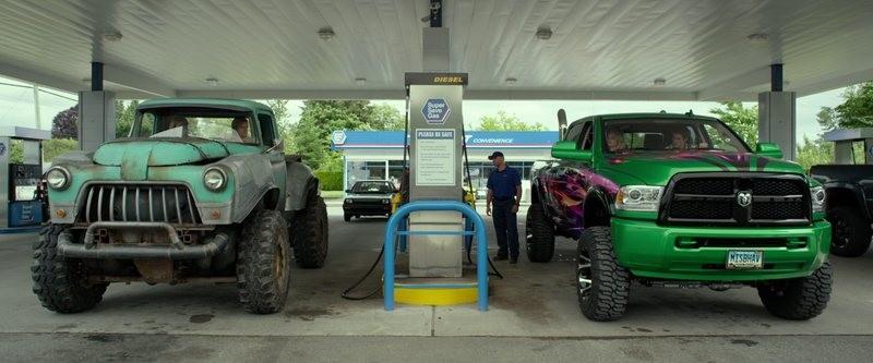 Canavar Kamyonlar - Monster Trucks 2016 m720p - m1080p DUAL TR-ENG Türkçe Dublaj - Tek Link Film indir