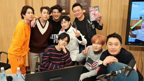 Super Junior General Photos (Super Junior Genel Fotoğrafları) - Sayfa 2 BLE3ln