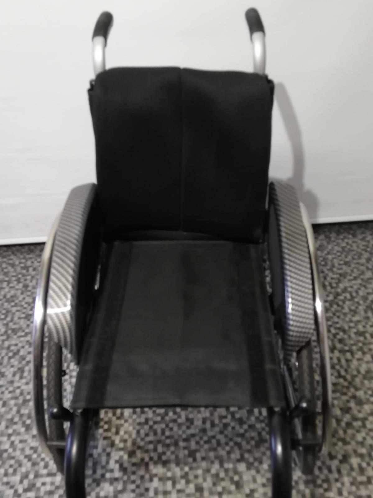 bvj5Zd - Berollka Cobra Spor Alman markası aktif tekerlekli sandalye satılıktır