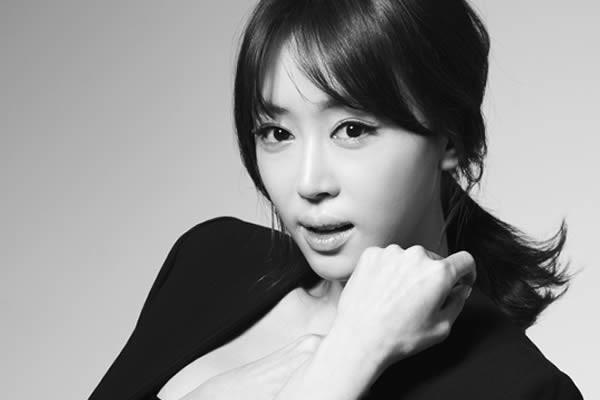 """Kang Ye-Won, """"Baek-Hee Has Returned"""" Dizisinin Kadrosuna Katıldı"""