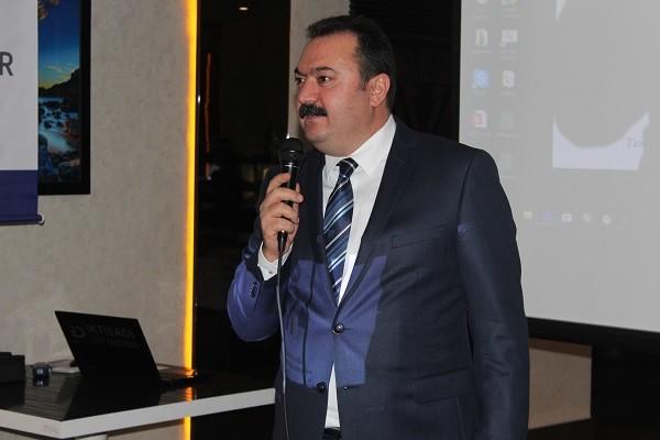 Öncü Mali Müşavirler Birliği Şişli İlçe Sözcüsü H.Yaşar Tombul ve Yardımcıları Şişli İnside Hotelde;