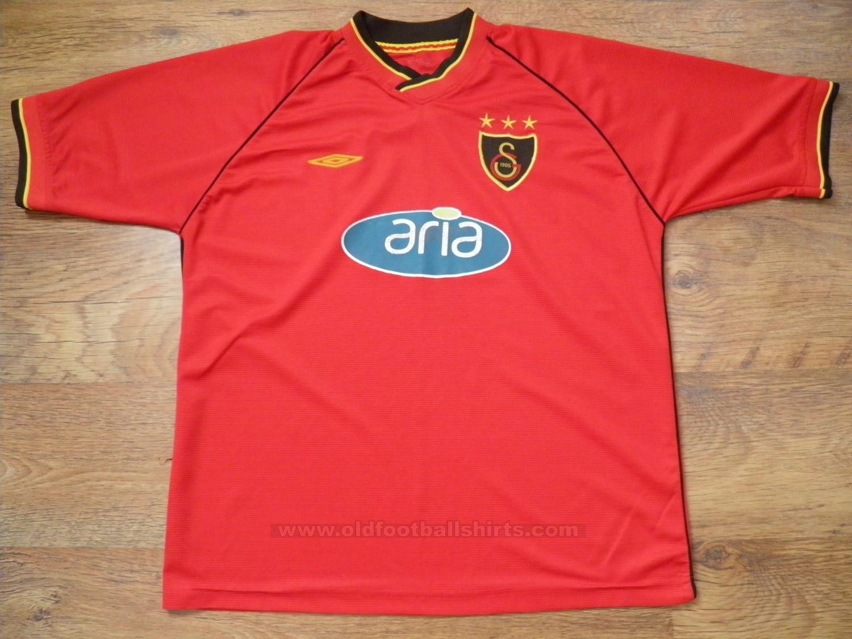 Galatasaray Home Football Shirt 2002 2003 S 42731 1