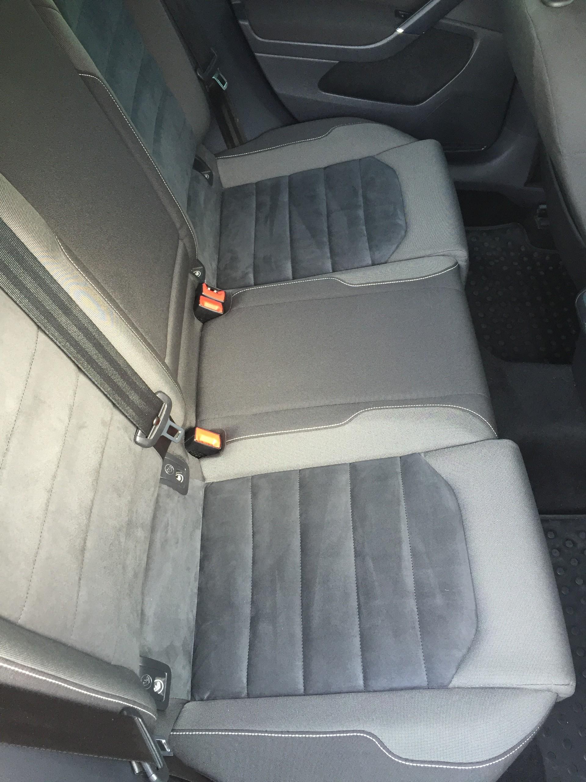 Arabadan Kusmuk Kokusu Nasıl Çıkar