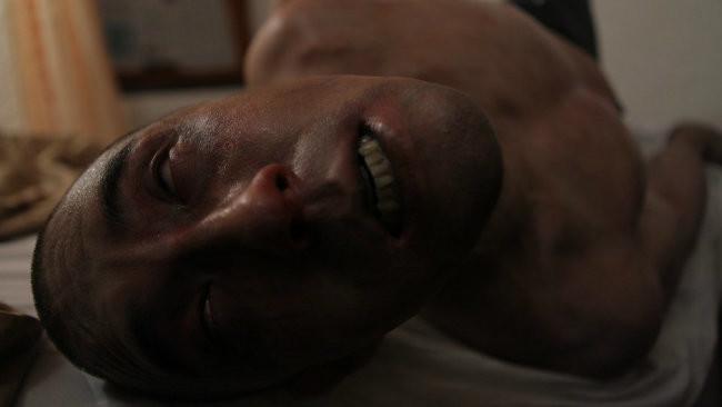 Dünyanın Sonu - Afflicted 2013 BRRip XviD Türkçe Dublaj - Tek Link