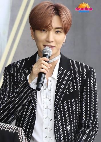 Super Junior General Photos (Super Junior Genel Fotoğrafları) - Sayfa 10 Jy1l8G