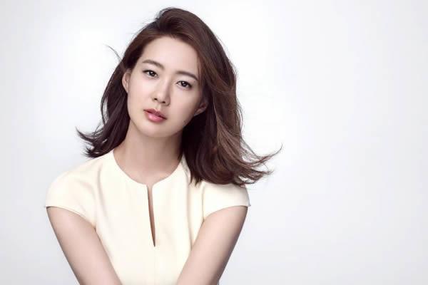"""Lee Yo-Won """"Night Light"""" Dizisinin Kadrosuna Katıldı"""