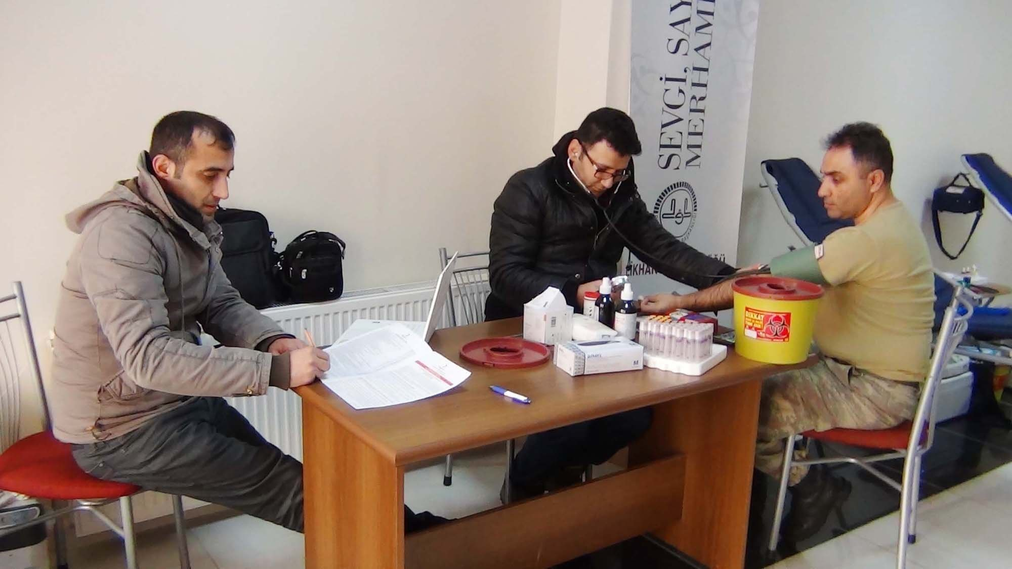Çelikhan'da Askerler Kan Bağışında Bulundu