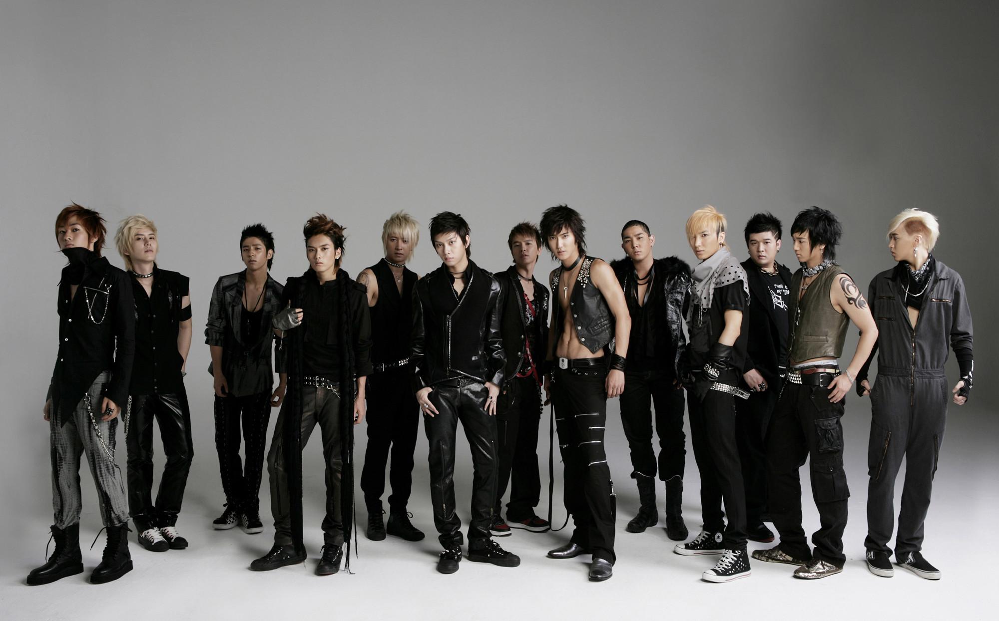 Super Junior Wallpapers LOLA1E