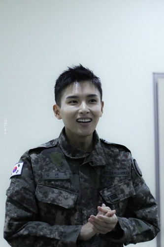 Ryeowook/려욱 / Who is Ryeowook? LbnWmb