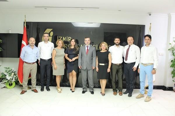 Geleceğin Mali Müşavirleri Yardımlaşma ve Dayanışma Derneği İzmir Vergi Dairesi Başkanı Sayın Rıfat Engin'i makamında ziyaret etti.