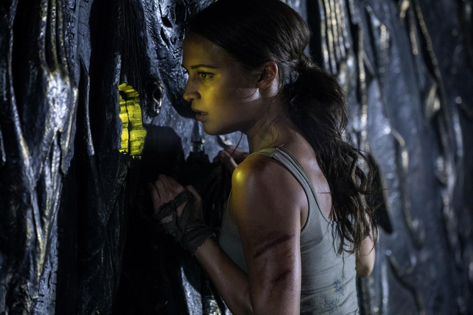 Tomb Raider Tek Link Film İndir Ekran Görüntüsü 2