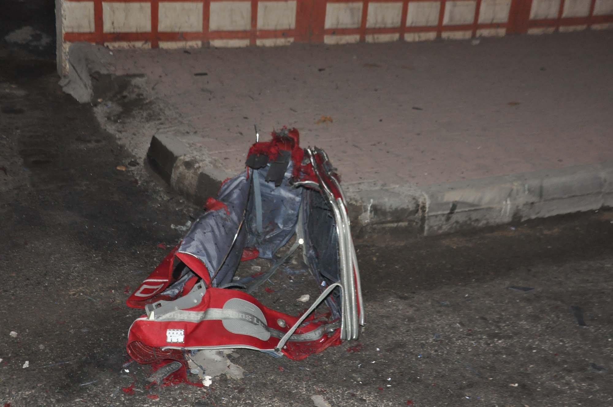 Hastane Önündeki Şüpheli Bavul Bomba Paniği Yaşattı