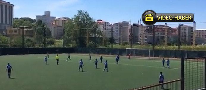 Galatasaray'ın yeni genç yıldızından çılgın gol!