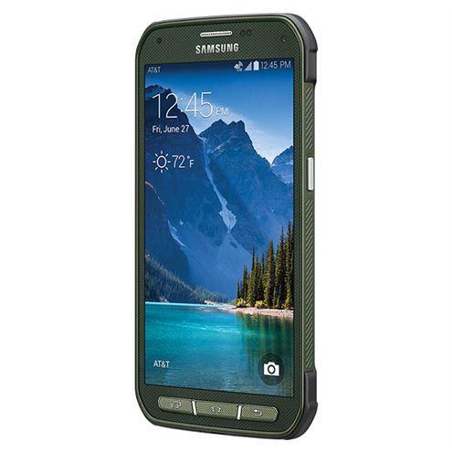Galaxy S5'ten farklı bir tasarım yapısı sunan Galaxy S5 Active suya ve toza karşı dayanıklı bir yapı sergilemenin yanı sıra 810G askeri sertifikasına da sahip.
