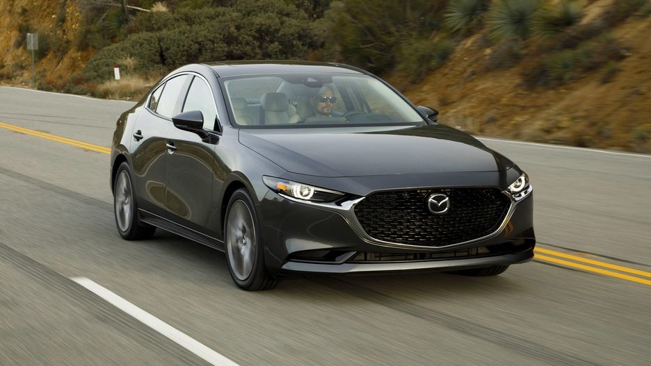 2019 Mazda3 008