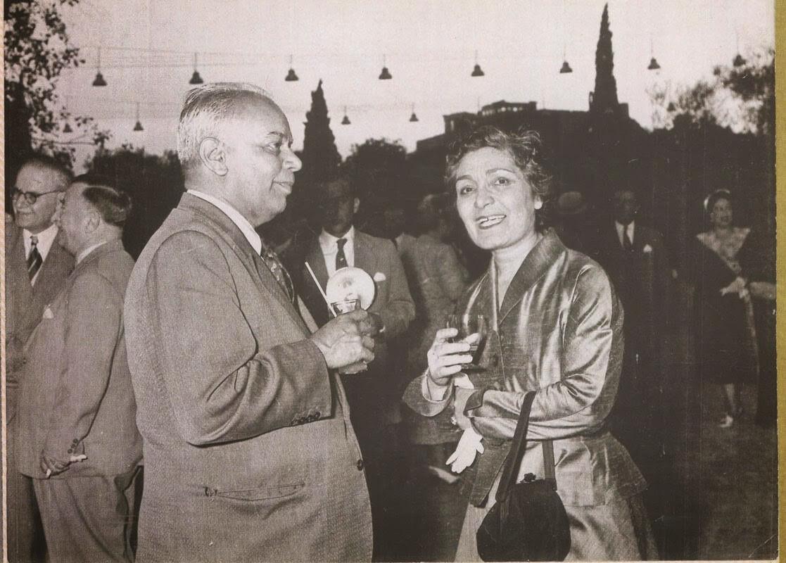 Türkiye'nin ilk kadın kimya profesörü