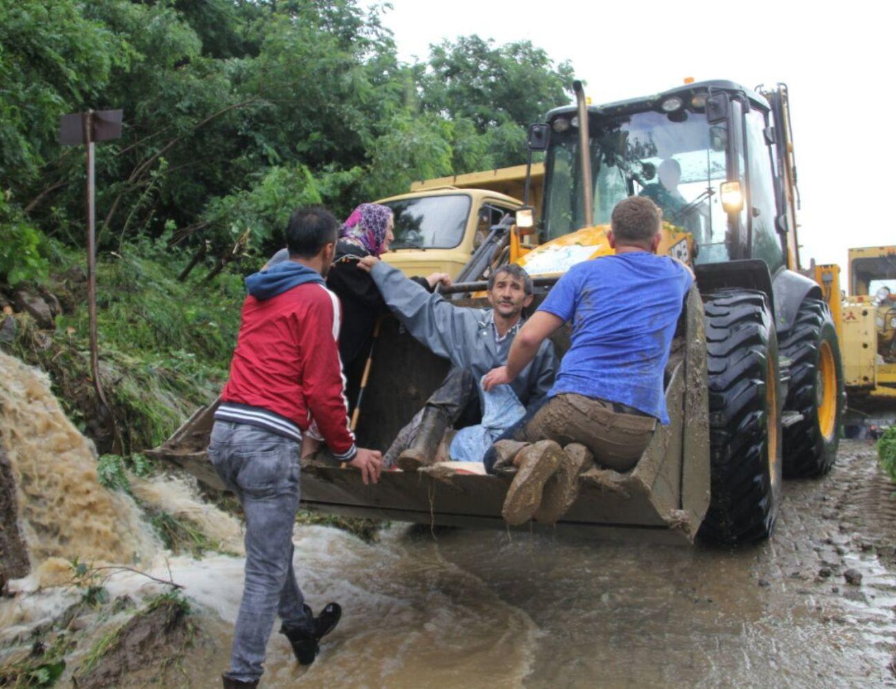 Ordu'da sel ve heyelan: 3 ölü, 2 kayıp