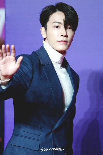 Donghae/동해 / Who is Donghae? RJzarB