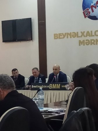 """Namiq Hacıheydərlinin """"Canlı əfsanə"""" kitabının təqdimatı oldu"""