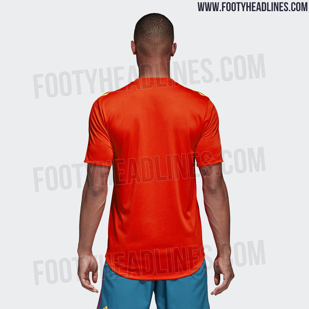Spain 2018 World Cup Kit (5)