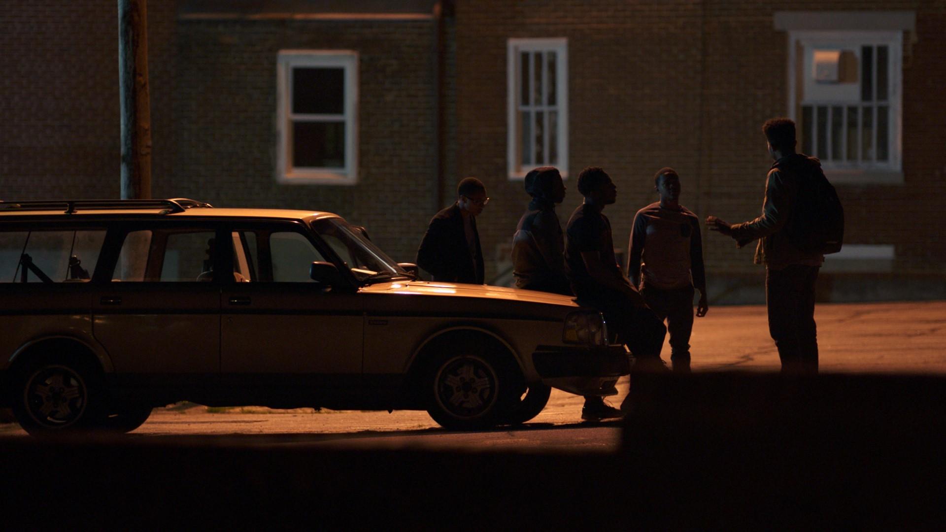 Yakıcı Kumlar Filmini Düşük Boyut İndir Ekran Görüntüsü 2