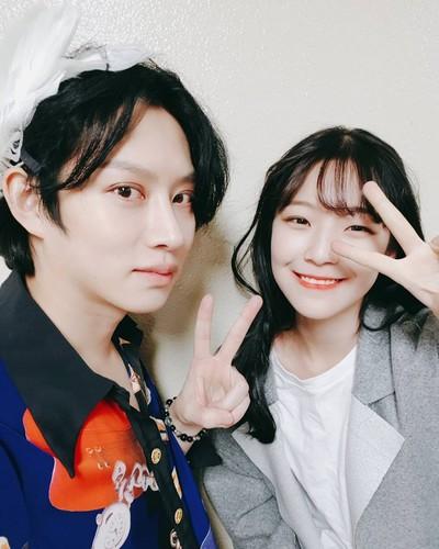 Kim Hee Chul/희철 / Who is Heechul? - Sayfa 3 Y021B7