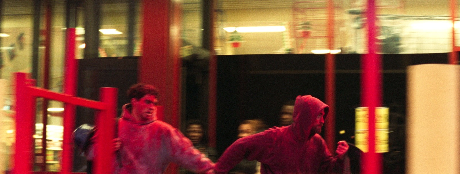 Soygun Türkçe Dublajlı Filmi indir Ekran Görüntüsü 2