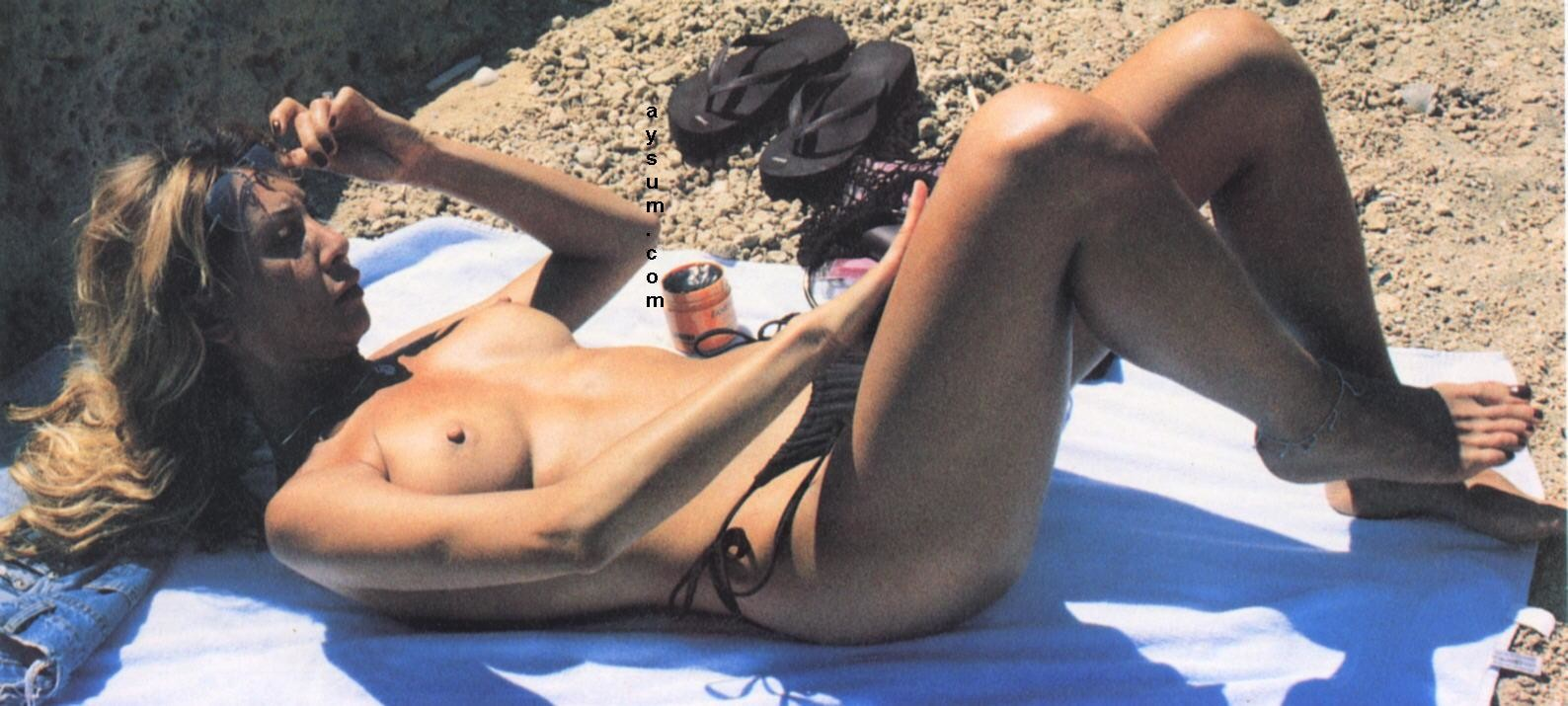 Dimitra liani nude pics mobile optimised photo for android iphone