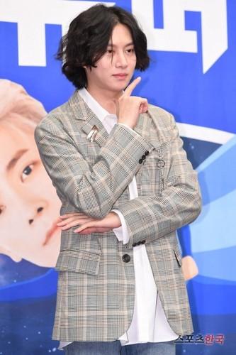Kim Hee Chul/희철 / Who is Heechul? - Sayfa 3 Z0V897