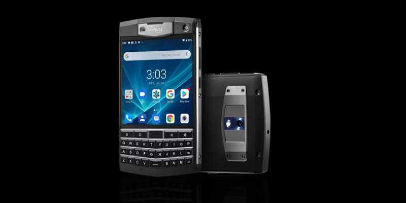 BlackBerry Passport Klonu: Unihertz Titan
