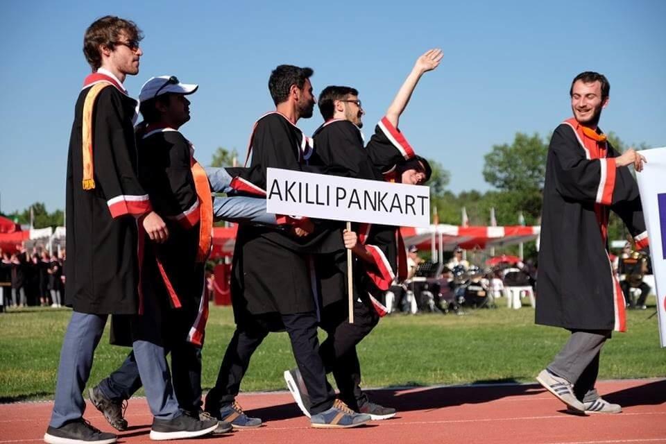 odtü mezuniyet 2017 akıllı pankart!